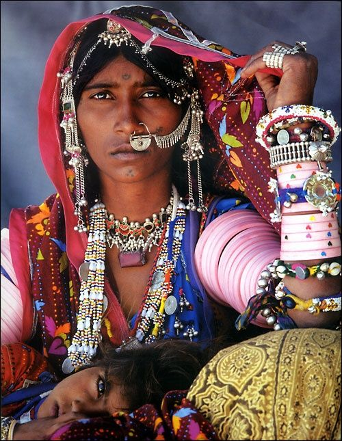 The diverse culture of Gujarat and its busy tribal metal jewellery sector
